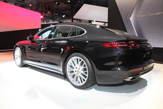 Porsche Panamera and Panamera Executive: LA Auto Show featured image large thumb13