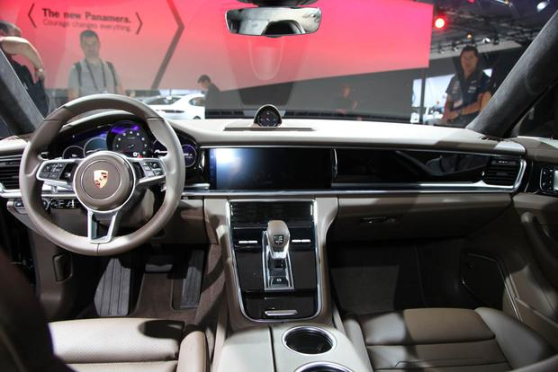 Porsche Panamera and Panamera Executive: LA Auto Show featured image large thumb15