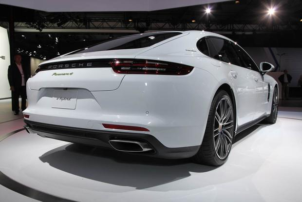 Porsche Panamera and Panamera Executive: LA Auto Show featured image large thumb2