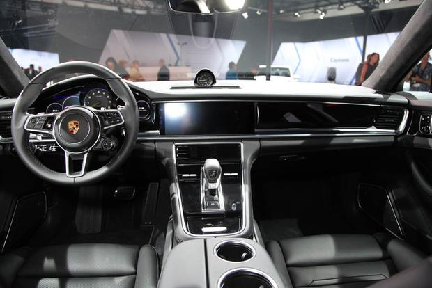 Porsche Panamera and Panamera Executive: LA Auto Show featured image large thumb7