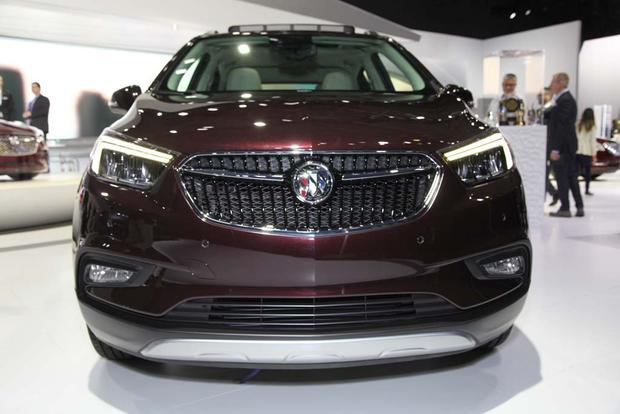 2017 Buick Encore: New York Auto Show featured image large thumb0