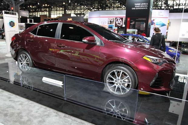 2017 Toyota Corolla: New York Auto Show featured image large thumb3