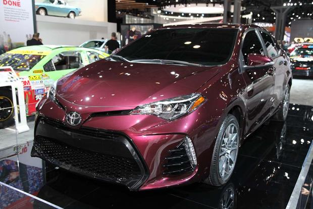 2017 Toyota Corolla: New York Auto Show featured image large thumb5