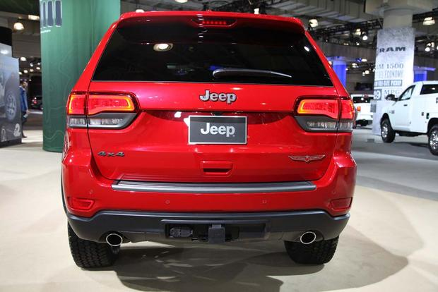 2017 Jeep Grand Cherokee Trailhawk: New York Auto Show featured image large thumb3