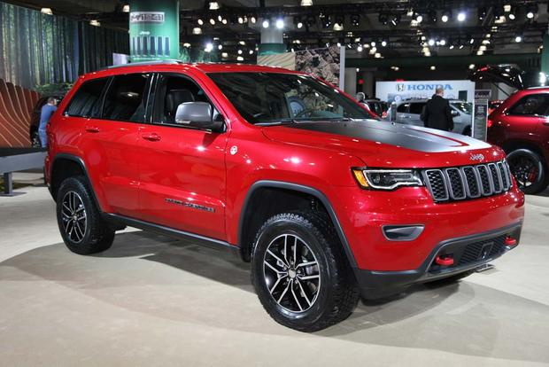 2017 jeep grand cherokee trailhawk new york auto show autotrader. Black Bedroom Furniture Sets. Home Design Ideas