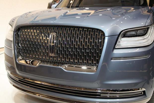 Lincoln Navigator Concept: New York Auto Show featured image large thumb2