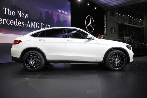 2017 mercedes benz glc class coupe new york auto show for Mercedes benz nyc