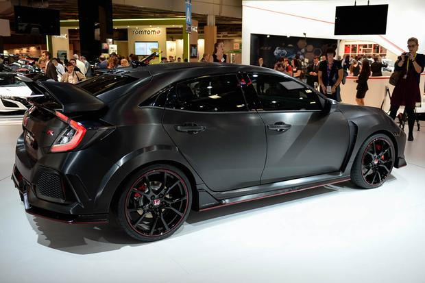 Honda Civic Type R: Paris Auto Show featured image large thumb3