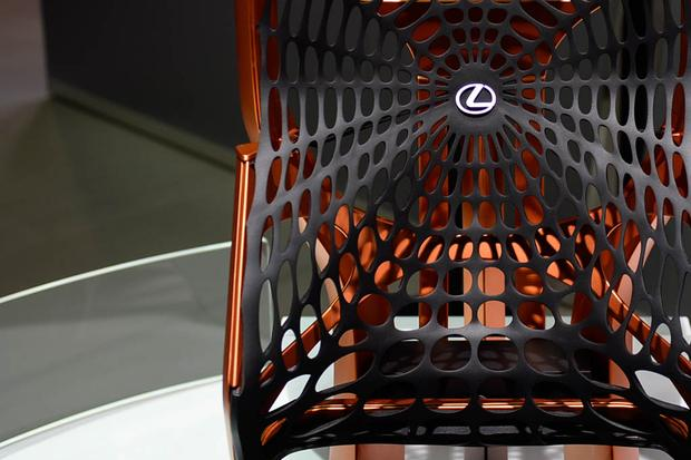 Lexus UX and Kinetic Seat Concepts: Paris Auto Show featured image large thumb12