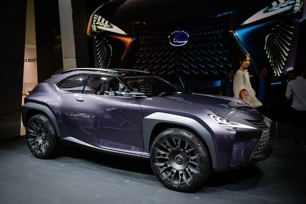 Lexus UX and Kinetic Seat Concepts: Paris Auto Show featured image large thumb4