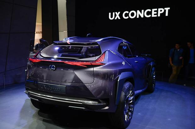 Lexus UX and Kinetic Seat Concepts: Paris Auto Show featured image large thumb7