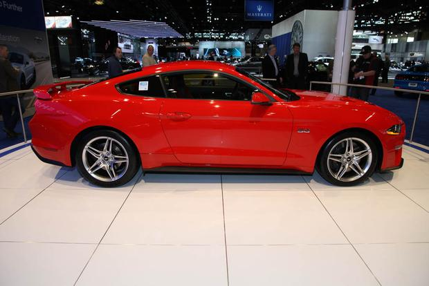 2018 Ford Mustang: Chicago Auto Show featured image large thumb3