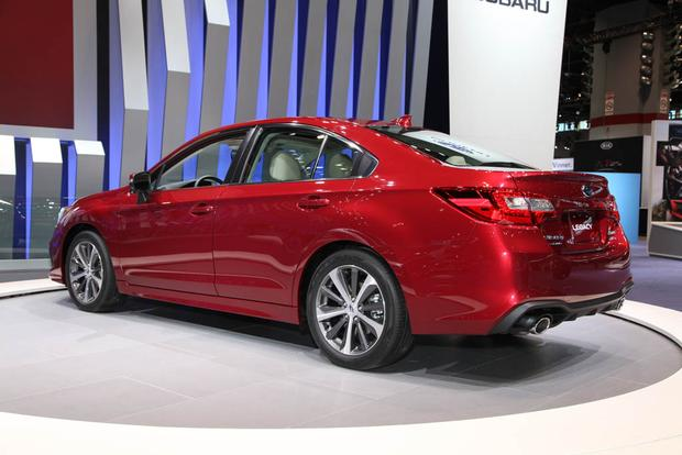 2018 Subaru Legacy: Chicago Auto Show featured image large thumb2