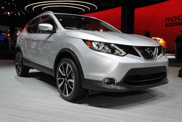 2014 nissan rogue select new car review autotrader. Black Bedroom Furniture Sets. Home Design Ideas