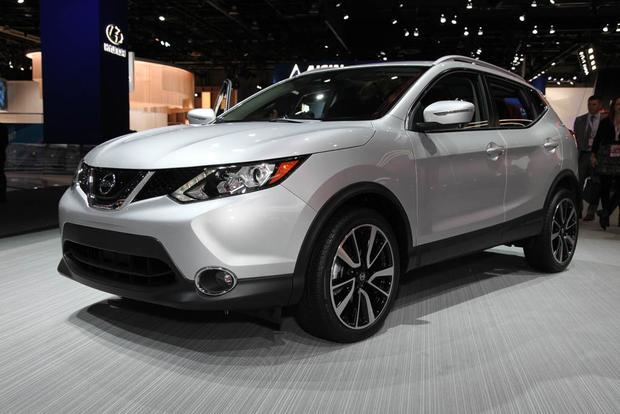 2018 nissan rogue sport. exellent nissan 2017 nissan rogue sport detroit auto show featured image large thumb1 with 2018 nissan rogue sport
