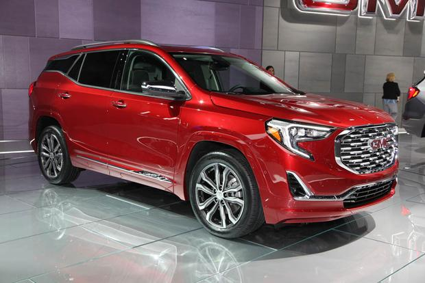2018 GMC Terrain: Detroit Auto Show featured image large thumb4