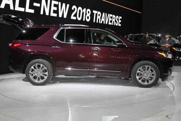 2018 Chevrolet Traverse: Detroit Auto Show featured image large thumb1