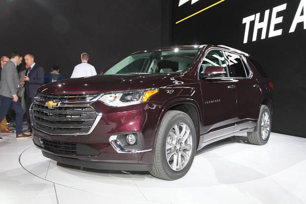 2018 Chevrolet Traverse: Detroit Auto Show featured image large thumb4