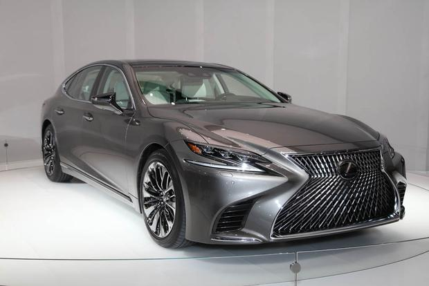 2018 Lexus LS: Detroit Auto Show featured image large thumb6