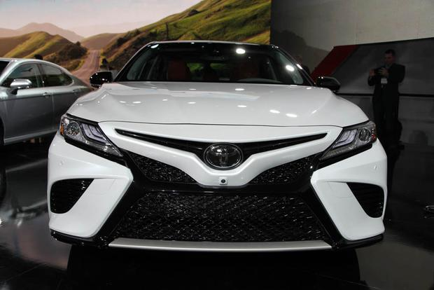 2018 Toyota Camry: Detroit Auto Show featured image large thumb4