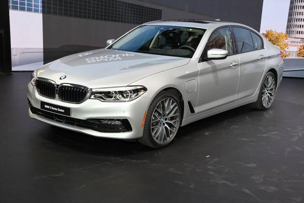 2017 BMW 5 Series: Detroit Auto Show
