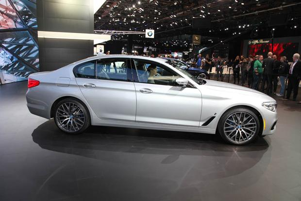 2017 BMW 5 Series: Detroit Auto Show featured image large thumb3
