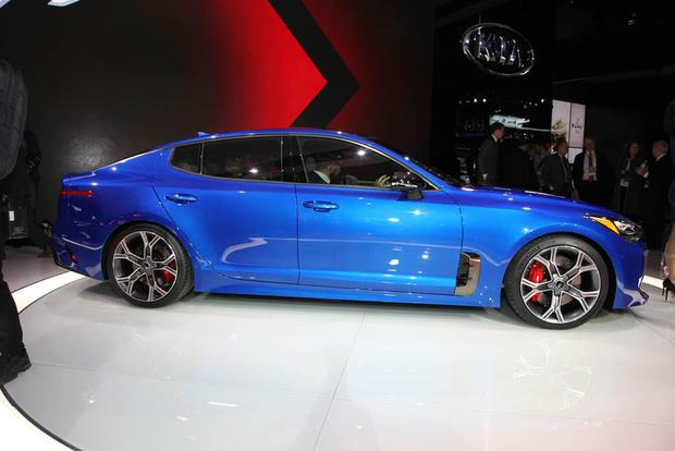 Kia Stinger GT: Detroit Auto Show featured image large thumb3