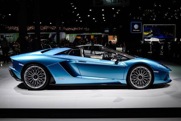2018 Lamborghini Aventador S Roadster: Frankfurt Auto Show featured image large thumb2