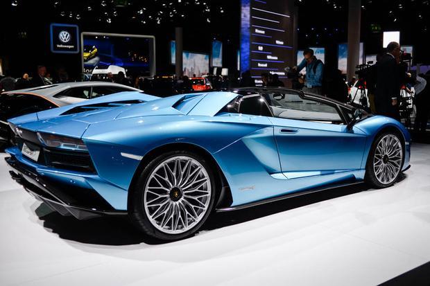 2018 Lamborghini Aventador S Roadster: Frankfurt Auto Show featured image large thumb3