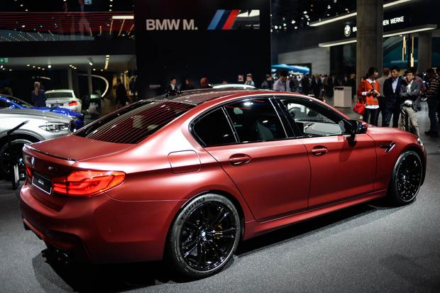 2018 BMW M5: Frankfurt Auto Show featured image large thumb1
