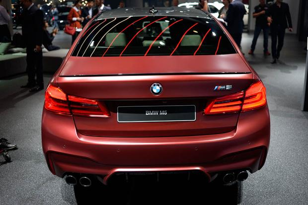 2018 BMW M5: Frankfurt Auto Show featured image large thumb2