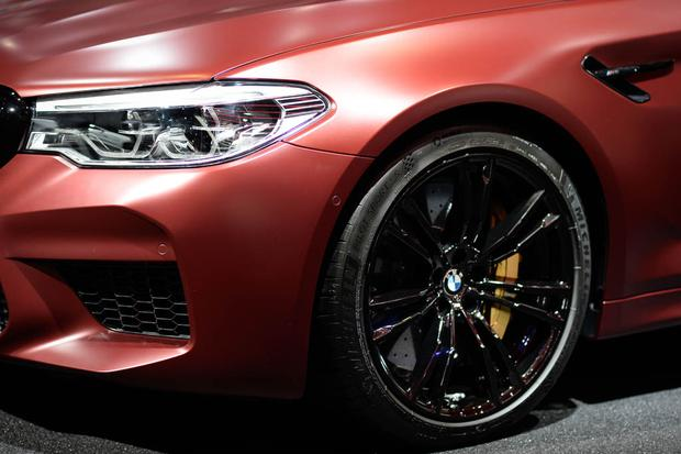 2018 BMW M5: Frankfurt Auto Show featured image large thumb3