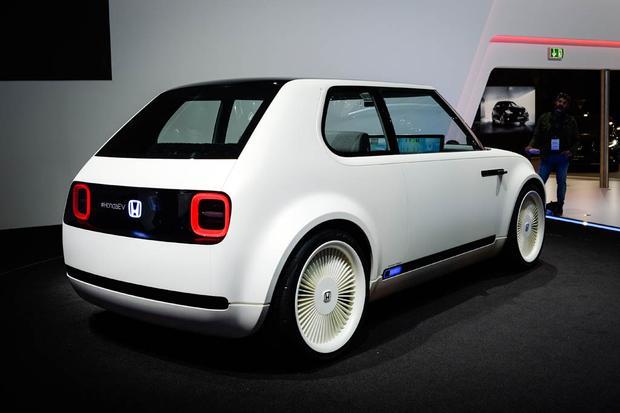 Honda Urban EV Concept and Honda CR-V Hybrid Prototype: Frankfurt Auto Show featured image large thumb3