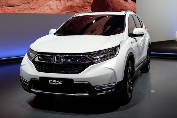 Honda Urban EV Concept and Honda CR-V Hybrid Prototype: Frankfurt Auto Show featured image large thumb4