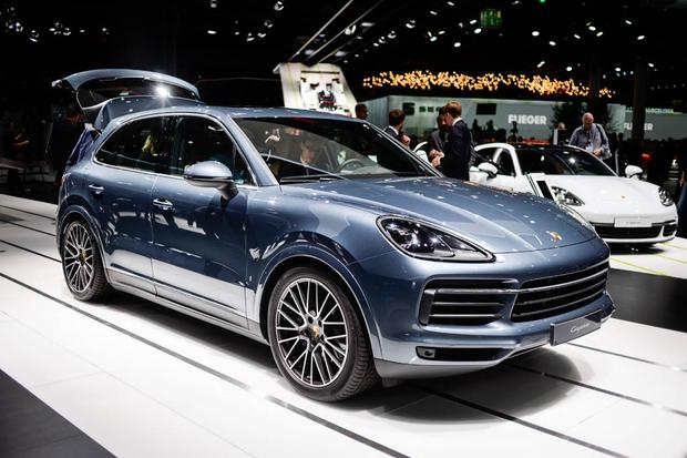 2019 Porsche Cayenne: Frankfurt Auto Show featured image large thumb0