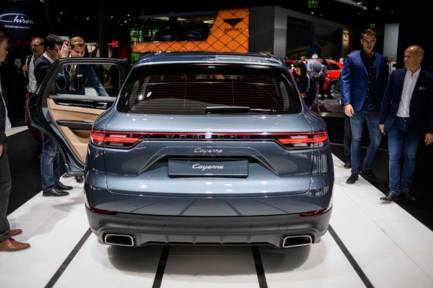 2019 Porsche Cayenne: Frankfurt Auto Show featured image large thumb3