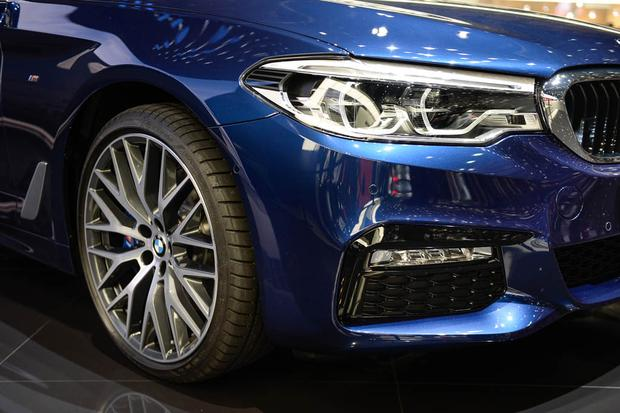 BMW 5 Series Touring: Geneva Auto Show featured image large thumb5