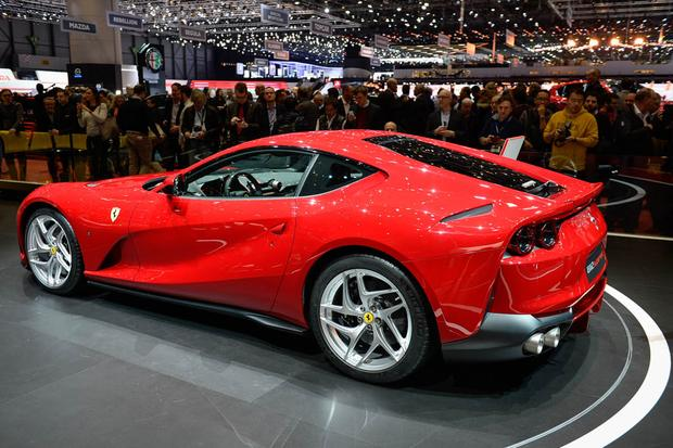 Ferrari 812 Superfast: Geneva Auto Show featured image large thumb2