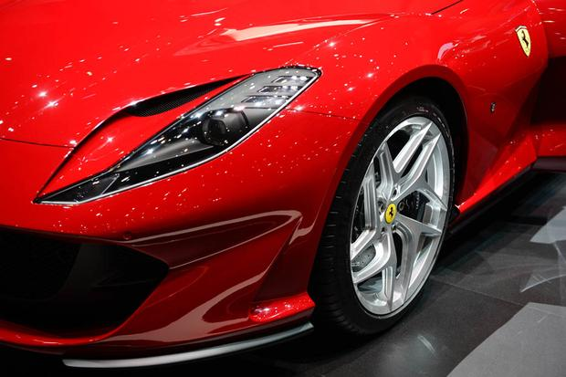 Ferrari 812 Superfast: Geneva Auto Show featured image large thumb3