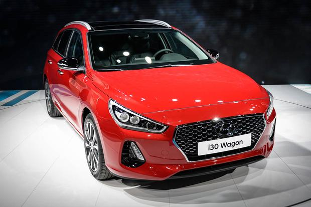 Hyundai i30 Tourer: Geneva Auto Show featured image large thumb1
