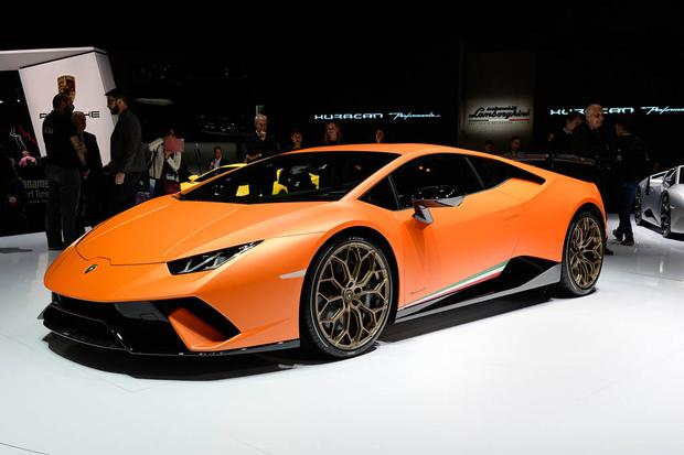 Lamborghini Huracan Performante: Geneva Auto Show featured image large thumb0