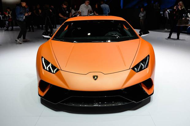 Lamborghini Huracan Performante: Geneva Auto Show featured image large thumb3