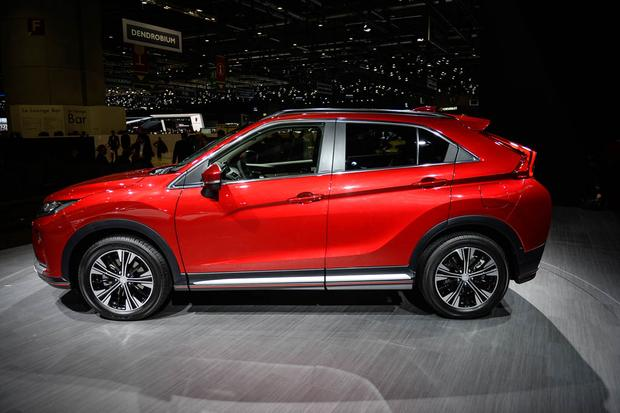 Mitsubishi Eclipse Cross: Geneva Auto Show featured image large thumb3