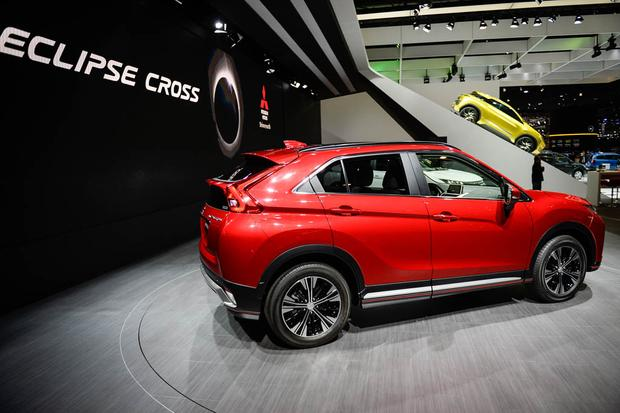 Mitsubishi Eclipse Cross: Geneva Auto Show featured image large thumb4