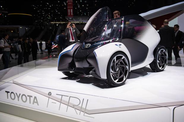 Toyota i-Tril Concept: Geneva Auto Show featured image large thumb1