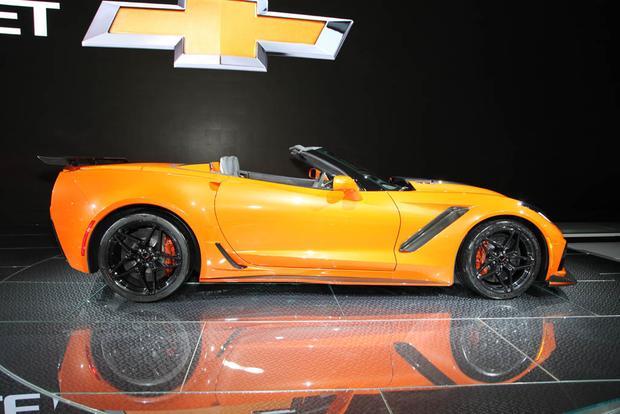 Chevy Corvette ZR1 Convertible: LA Auto Show featured image large thumb4