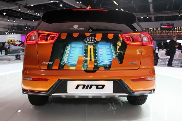 2019 Kia Sorento, 2018 Kia Niro PHEV: LA Auto Show featured image large thumb8