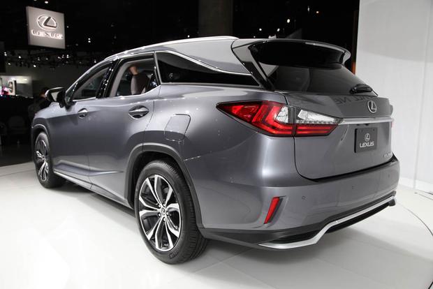 Lexus RX 350L and RX 450hL: LA Auto Show featured image large thumb3
