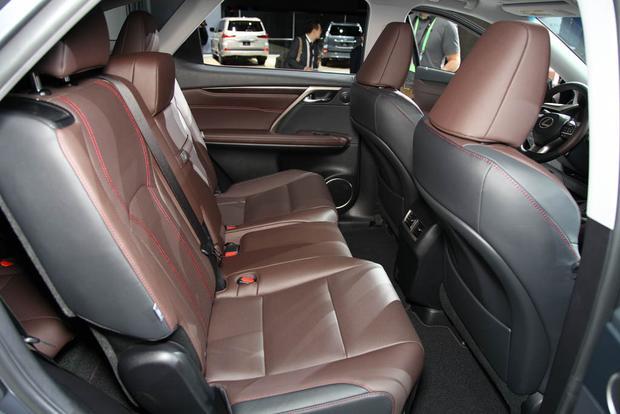 Lexus RX 350L and RX 450hL: LA Auto Show featured image large thumb5
