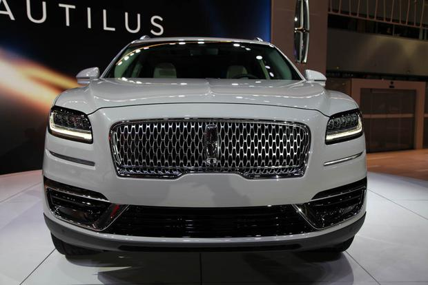 2019 Lincoln Nautilus: LA Auto Show featured image large thumb2
